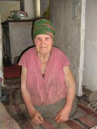 Безногая старушка